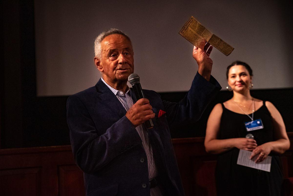"""Projekcja filmu """"Zawiłości uczuć"""" w Centrum Kultralnym w Przemyślu. Fot. Michał Woźny."""